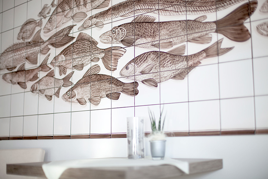 Restaurant Die Wohnküche Bleckede ~ Handgemaltes Fliesenbild im Restaurant Wohnküche in Bleckede